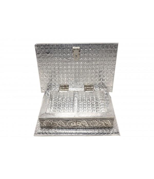 Wooden Jewelry Box (L 17 cm X H 5.5 cm X W 12 cm)
