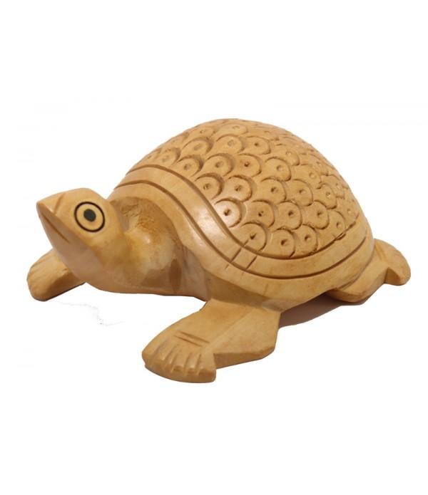 wooden turtle ( L 8.00 CM X H 3.50 CM )